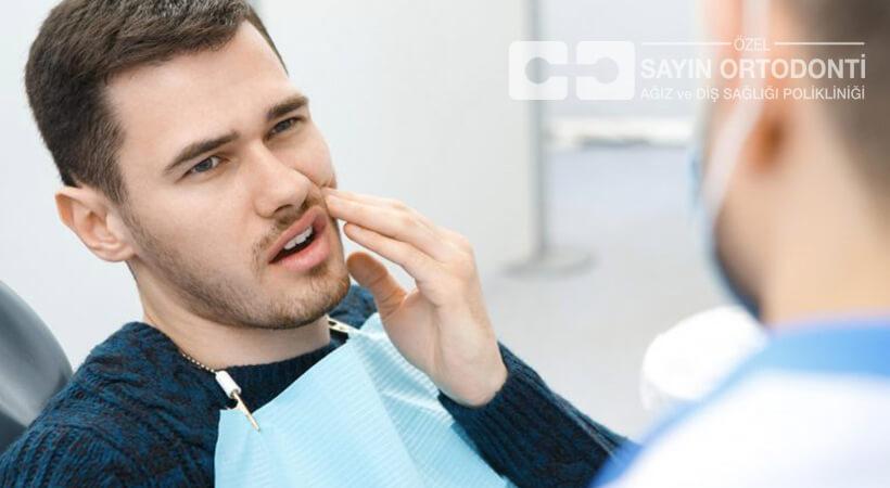 20 yaş diş çekimi sırasında ağrırmı?